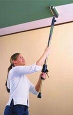 Покрасить потолок