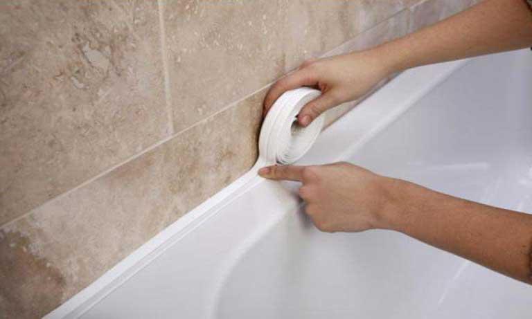 Бордюрная лента для герметизации швов в ванной комнате
