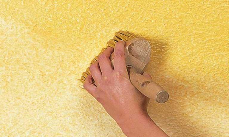 Окраска декоративной штукатурки кистью