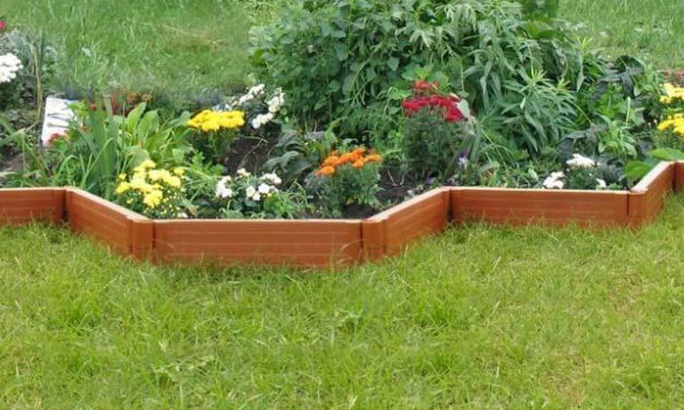 Цветные бордюры будут украшением вашего сада