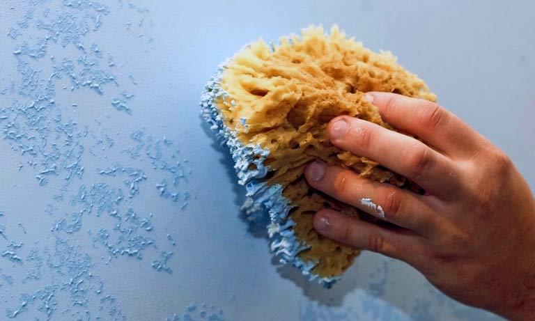 Способ окраски стен фактурной краской самостоятельно