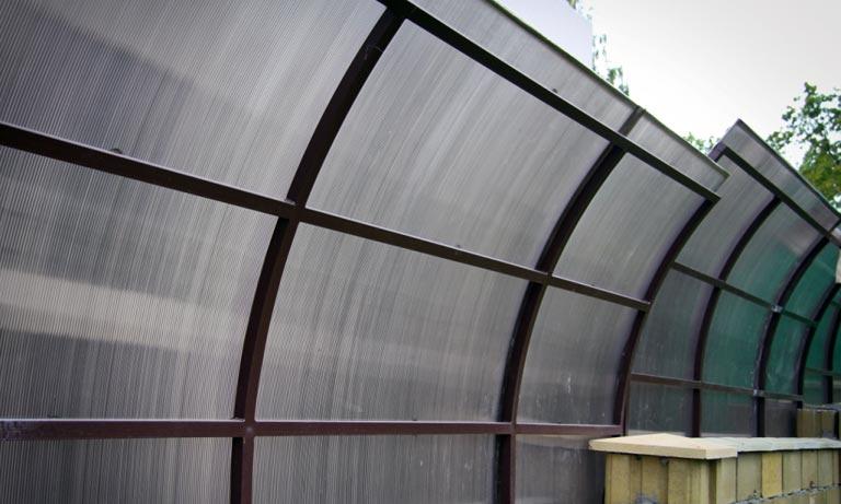 Забор для подавления шума от дороги своими руками