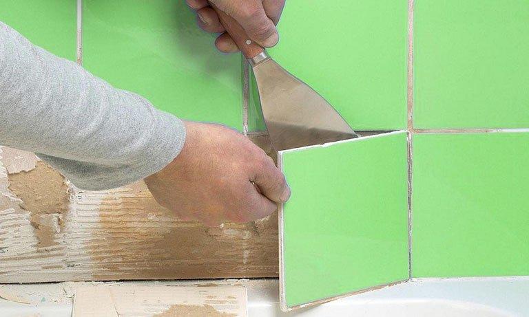 Снимаем плитку с гипсокартона